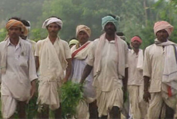 केंद्र के असहयोग के बावजूद राज्य सरकारों पर किसानों के कर्ज माफी का दबाव