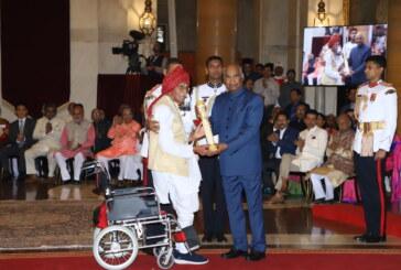 राष्ट्रपति ने तांगे वाले सहित समाज की विभिन्न हस्तियों को पद्म पुरस्कारों से सम्मानित किया